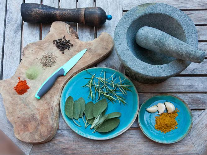 therapeutic cooking, mindful cooking, cooking mindfully, joy of mindful cooking, mindfulness