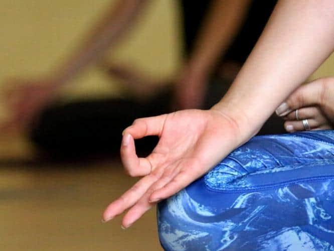 chin mudra yoga, chin mudra benefits, chin mudra pranayam, hasta yoga, chin mudra images, yoga mudras, mudras, yoga, wellness, wellnessworks
