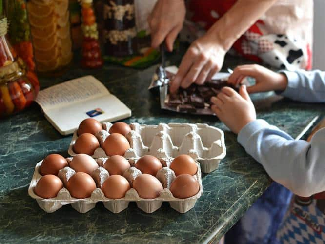 kids cooking, girl cooking, family cooking, cooking with family, home cooking, mindfulness