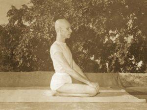 Vajrasana-sitting-meditation