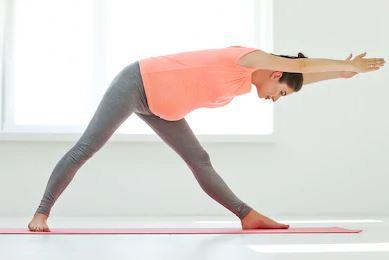 Traingle-Pose-Yoga-Pregnancy-Poses-Yoga-101