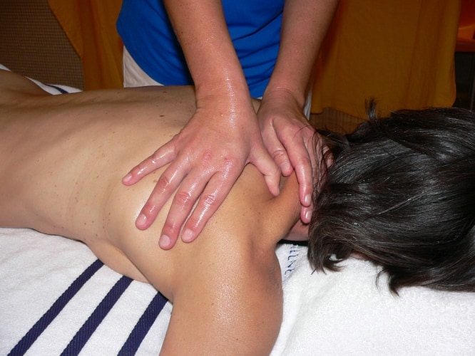 neck-massage-releases-pain-, neck-and-shoulder-pain-relief