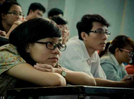 students-financial-mistakes-to-avoid-in-20s