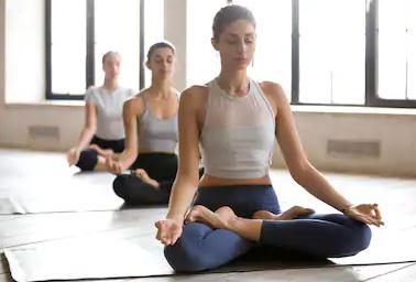 how to do the lotus pose padmasana  steps variations